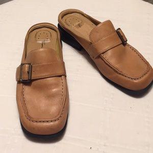 Tom McCan Shoes